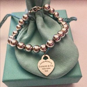 Tiffany &Co Heart Return to Tiffany® Bead Bracelet